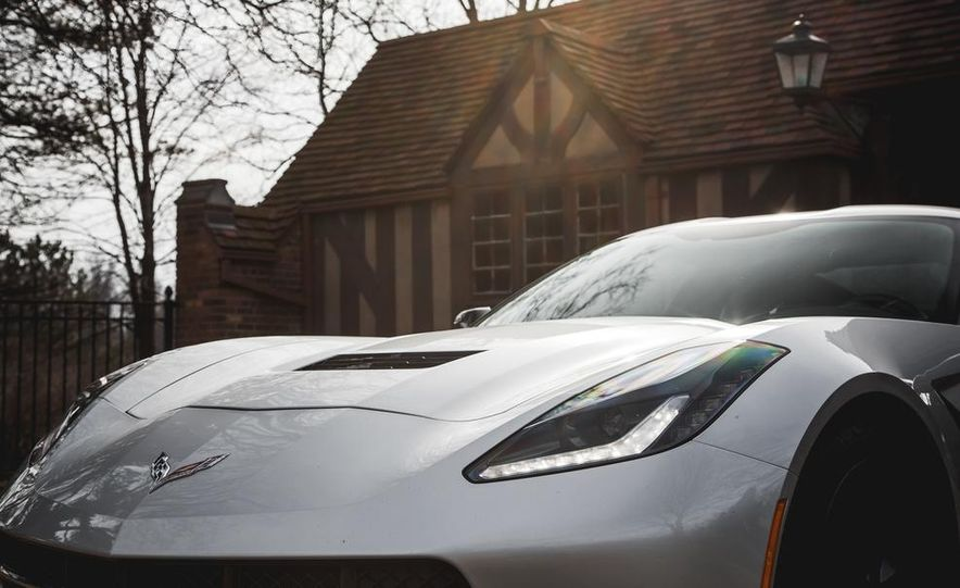 2014 Chevrolet Corvette Stingray coupe Z51 - Slide 12