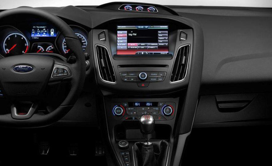 2015 Ford Focus ST diesels - Slide 10