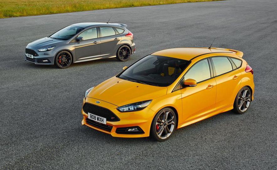 2015 Ford Focus ST diesels - Slide 1