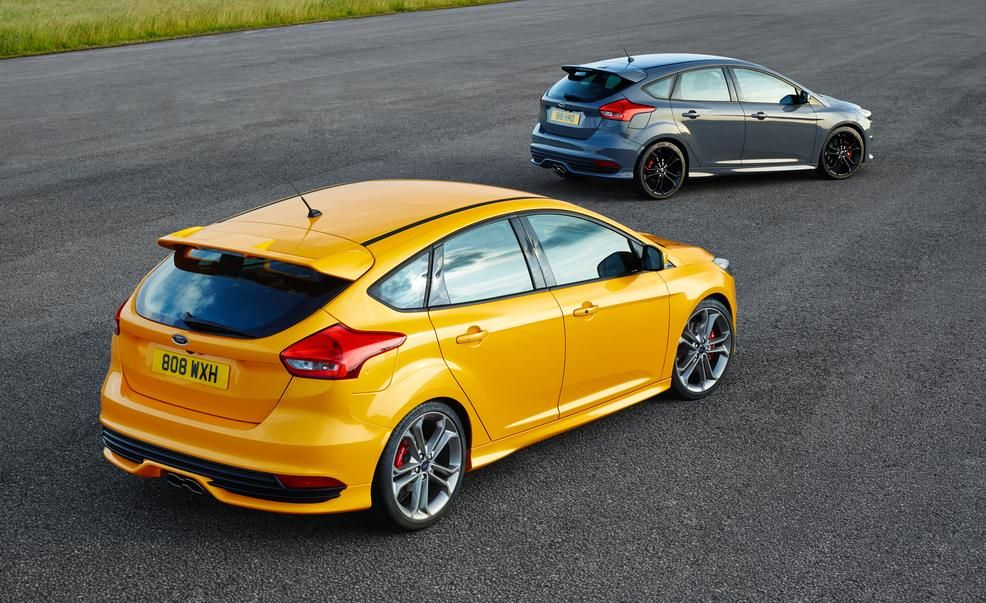 2015 ford focus st diesels pictures photo gallery car and driver