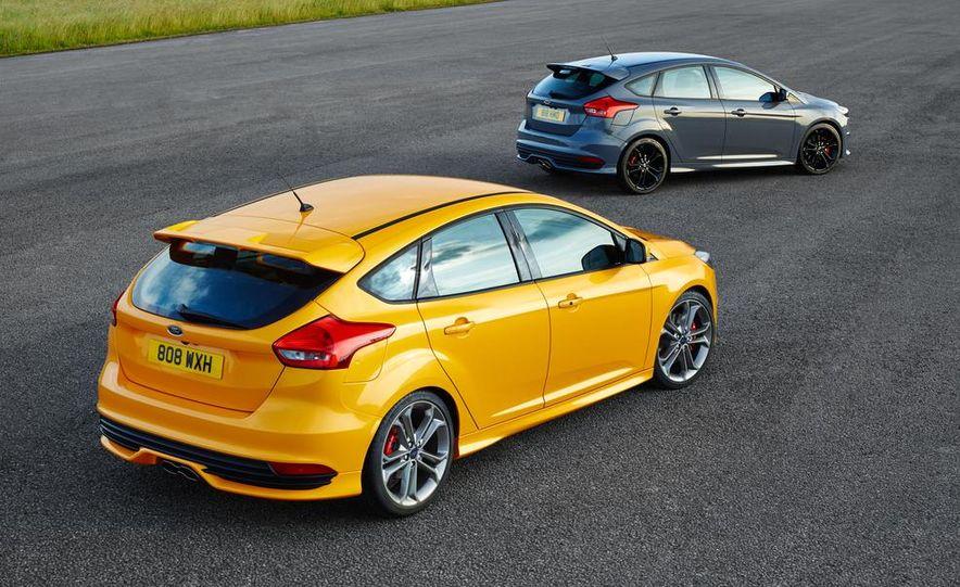 2015 Ford Focus ST diesels - Slide 2
