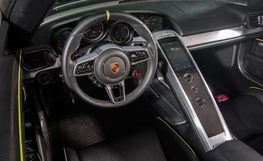 2015 Porsche 918 Spyder - Slide 49