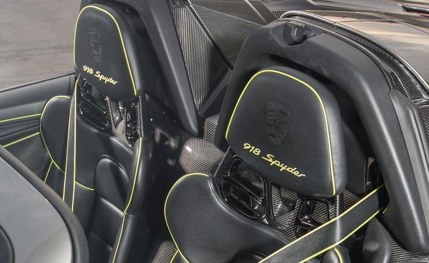 2015 Porsche 918 Spyder - Slide 50