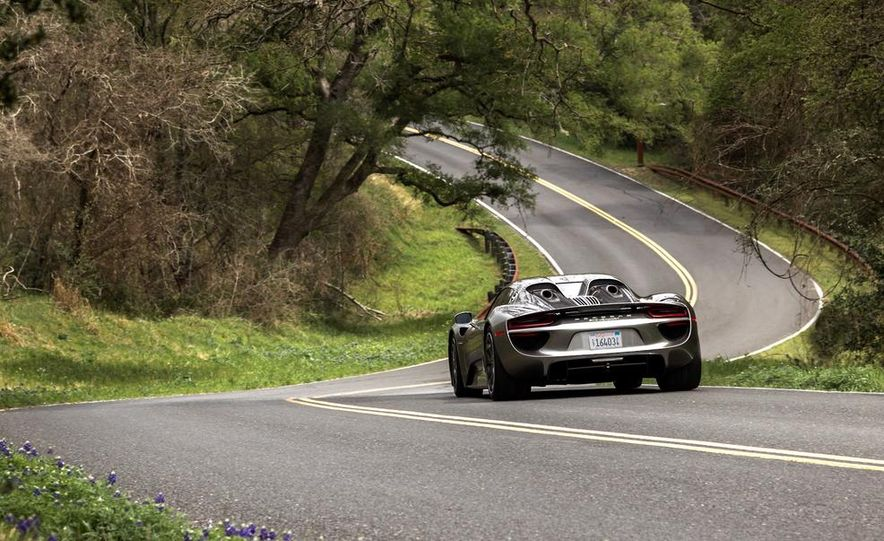 2015 Porsche 918 Spyder - Slide 25