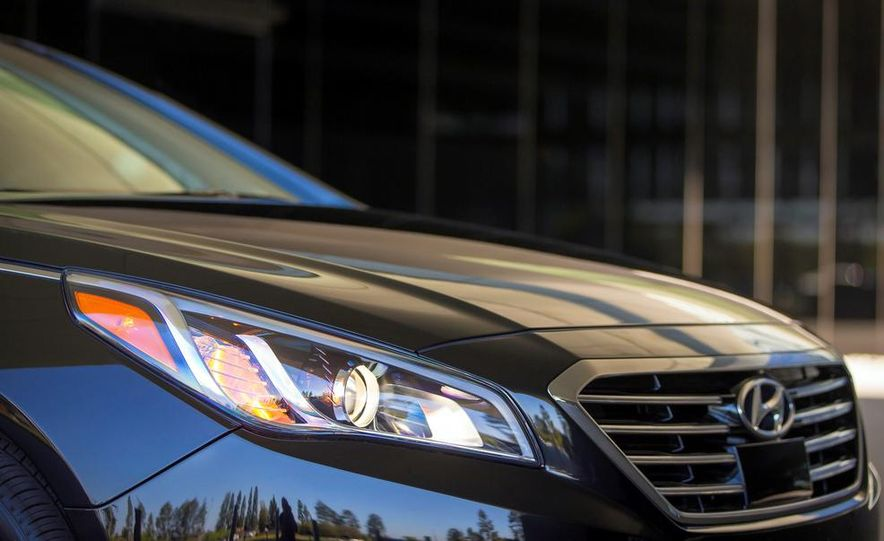 2015 Hyundai Sonata 2.4L Limited - Slide 40