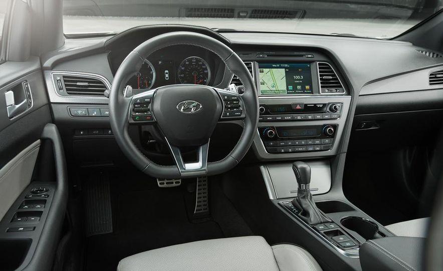 2015 Hyundai Sonata Eco - Slide 39