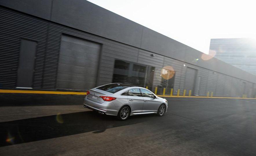 2015 Hyundai Sonata Eco - Slide 12