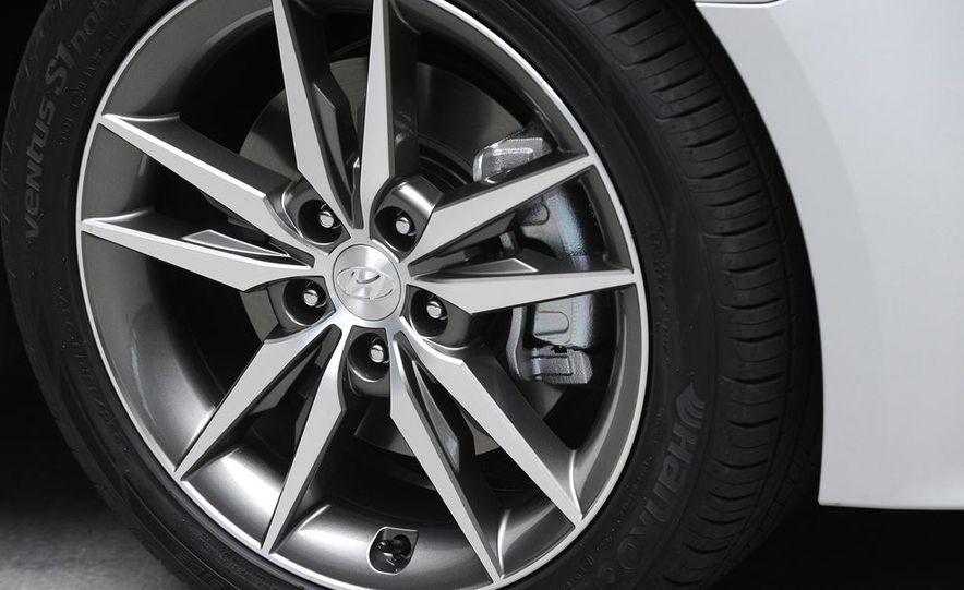 2015 Hyundai Sonata Eco - Slide 32