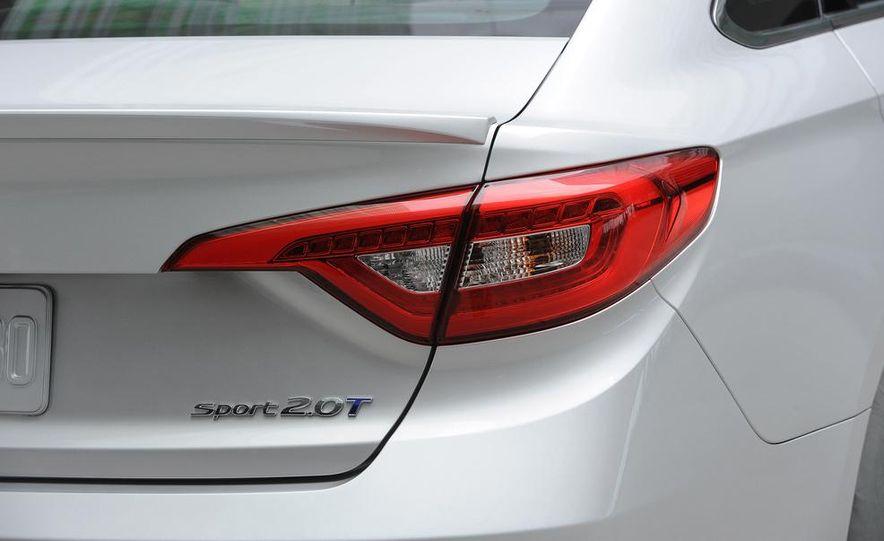2015 Hyundai Sonata Eco - Slide 33