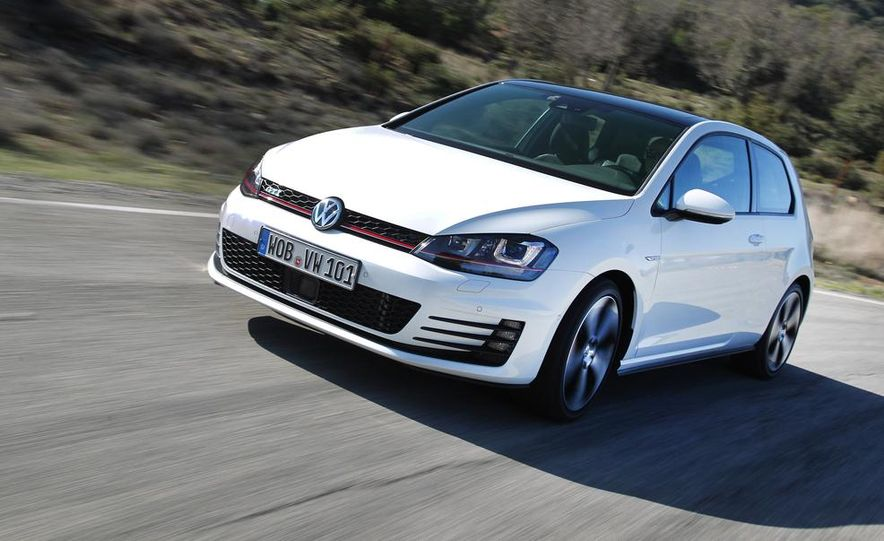 2015 Volkswagen GTI 5-door - Slide 15