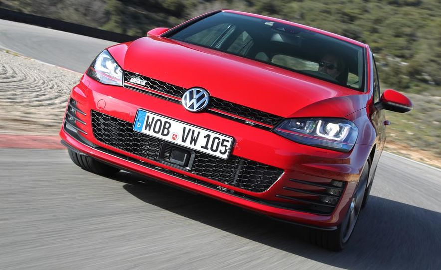 2015 Volkswagen GTI 5-door - Slide 2