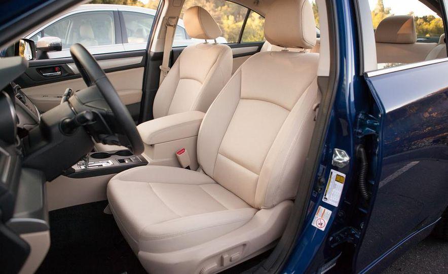 2015 Subaru Legacy 2.5i PZEV Premium - Slide 34