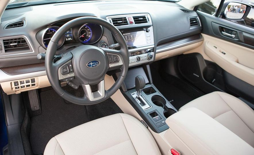 2015 Subaru Legacy 2.5i PZEV Premium - Slide 35