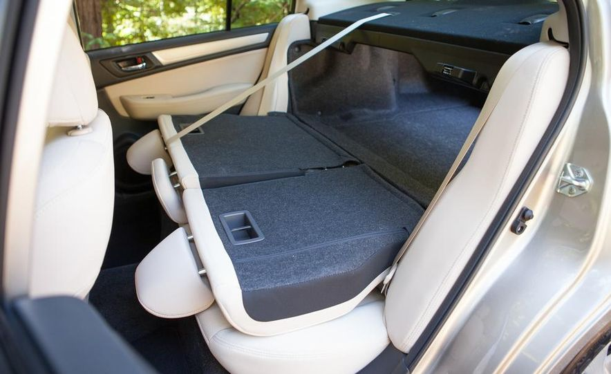 2015 Subaru Legacy 2.5i PZEV Premium - Slide 40