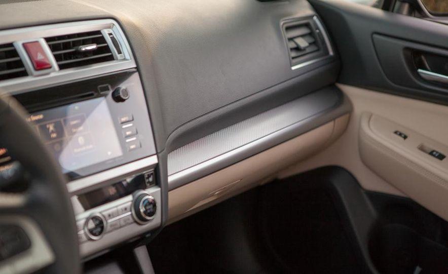 2015 Subaru Legacy 2.5i PZEV Premium - Slide 54