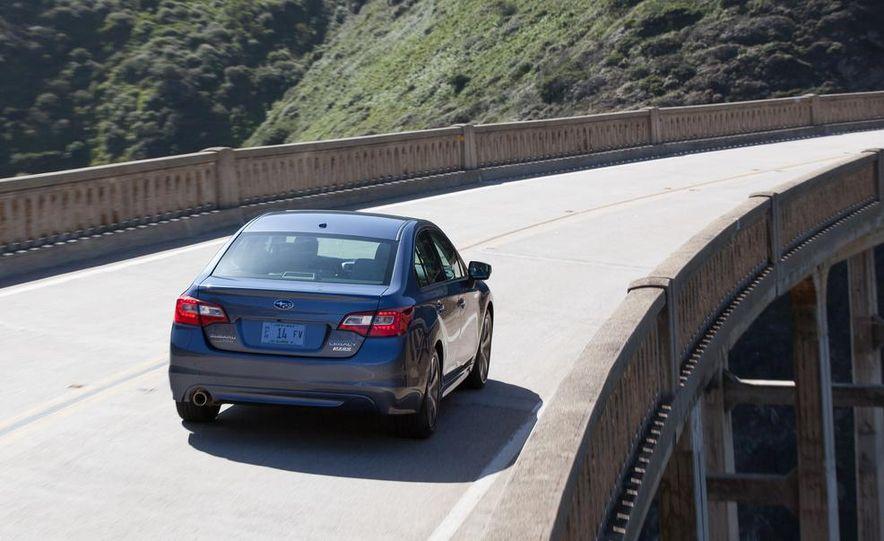 2015 Subaru Legacy 2.5i PZEV Premium - Slide 18