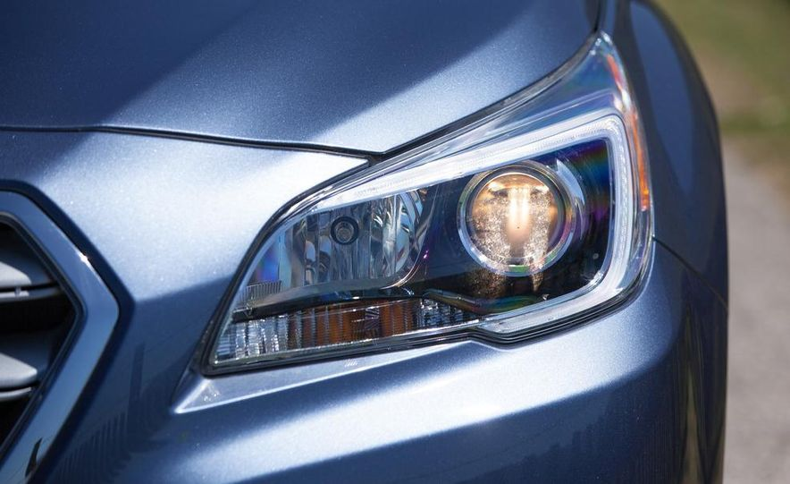 2015 Subaru Legacy 2.5i PZEV Premium - Slide 31