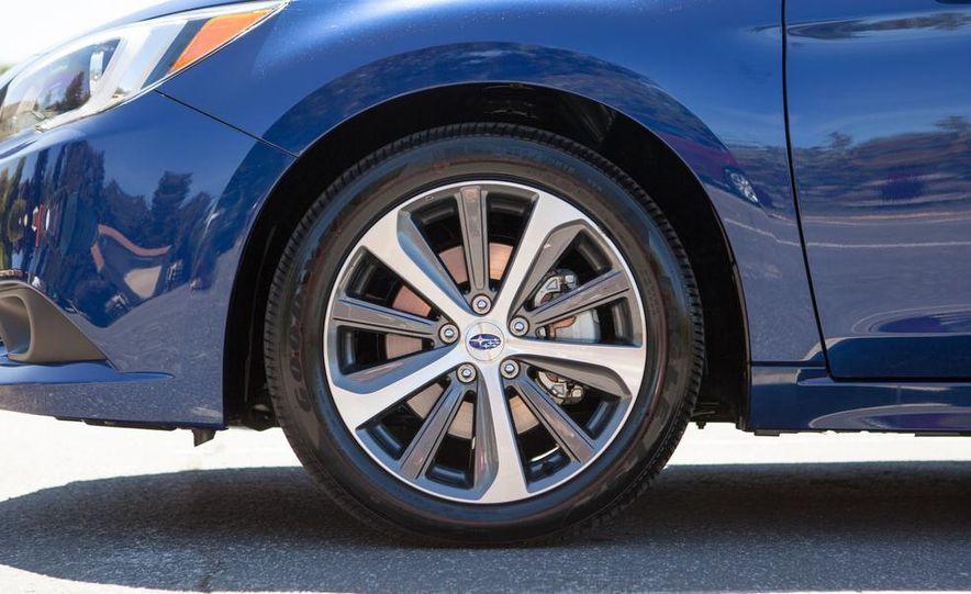 2015 Subaru Legacy 2.5i PZEV Premium - Slide 32