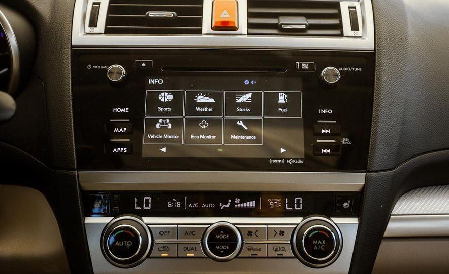 2015 Subaru Legacy 2.5i PZEV Premium - Slide 13