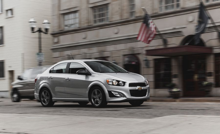 2014 chevrolet sonic 1 4t sedan manual test review car. Black Bedroom Furniture Sets. Home Design Ideas