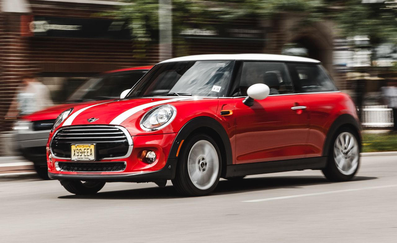 2017 Mini Cooper S Hardtop 4 Door Automatic Test Review Car And Driver
