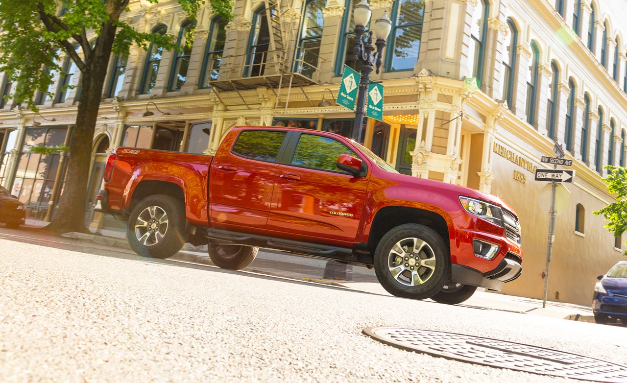 2015 Chevrolet Colorado First Drive Review Car And Driver Gm Pick Up Trailer Wiring