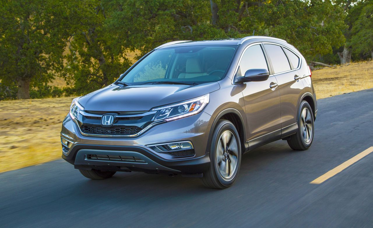 Honda CR-V Reviews | Honda CR-V Price, Photos, and Specs | Car and Driver