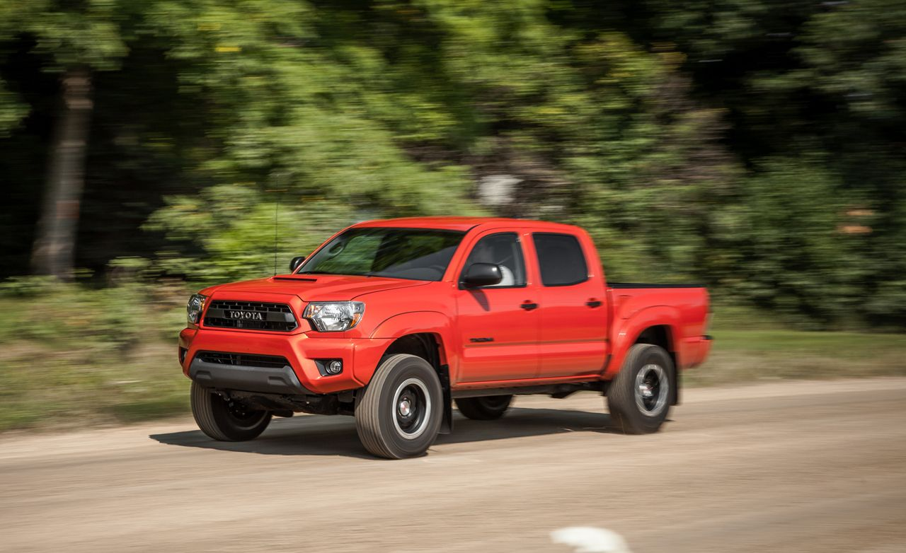 en news quarter trend motor tocoma v three tacoma front toyota test review first
