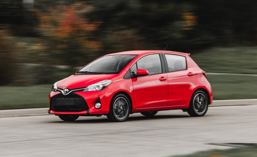 2015 Toyota Yaris SE Manual and Automatic
