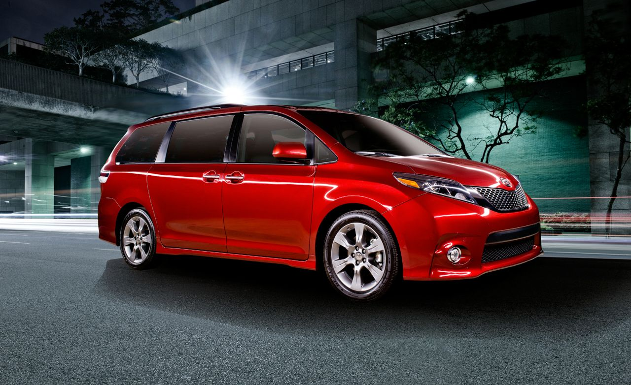2015 Toyota Sienna Debuts with Updated Styling, Loudspeaker for Shouting at Children