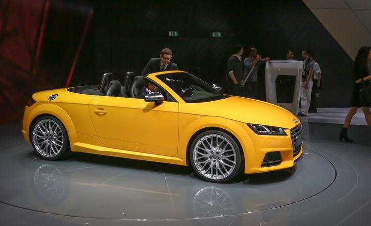 2016 Audi TTS Roadster Debuts: Gunning for the Porsche Boxster?