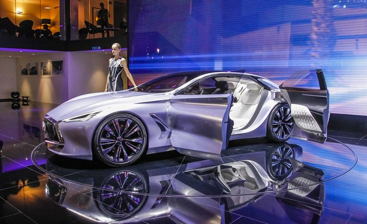 Infiniti Q80 Inspiration Concept Debuts, Promises to Deprive You of Oxygen
