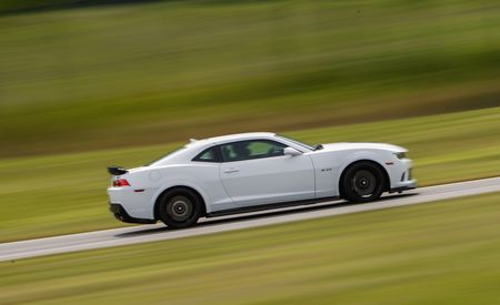 Lightning Lap 2014: Chevrolet Camaro Z/28 Hot Lap Video