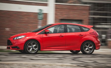 Lightning Lap 2014: Ford Focus ST Hot Lap Video