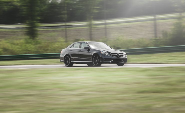 Lightning Lap 2014: Mercedes-Benz E63 AMG S-Model Hot Lap Video