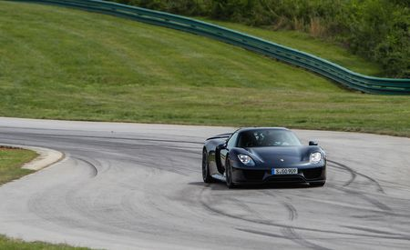 Lightning Lap 2014: Porsche 918 Spyder Hot Lap Video