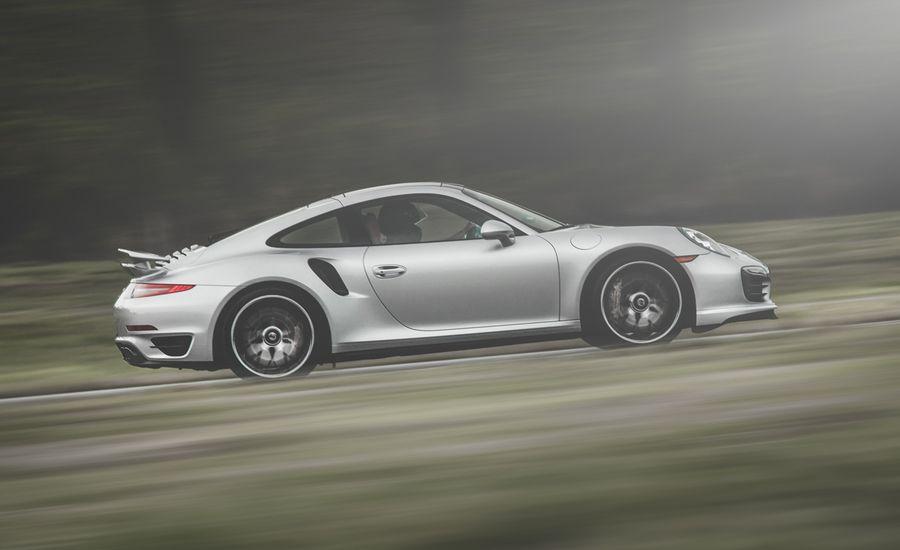 Lightning Lap 2014: Porsche 911 Turbo S