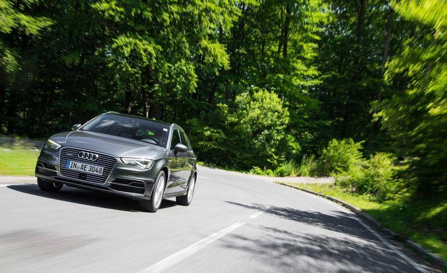 2016 Audi A3 Sportback e-tron (Euro-spec) - Slide 1