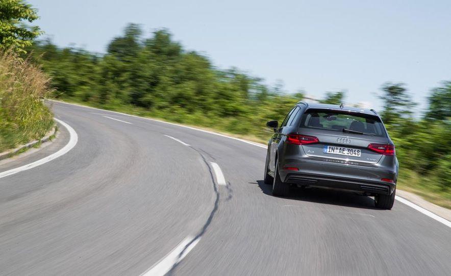 2016 Audi A3 Sportback e-tron (Euro-spec) - Slide 7