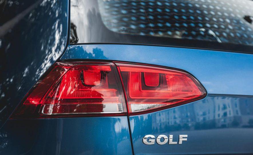 2015 Volkswagen Golf 1.8T TSI - Slide 17