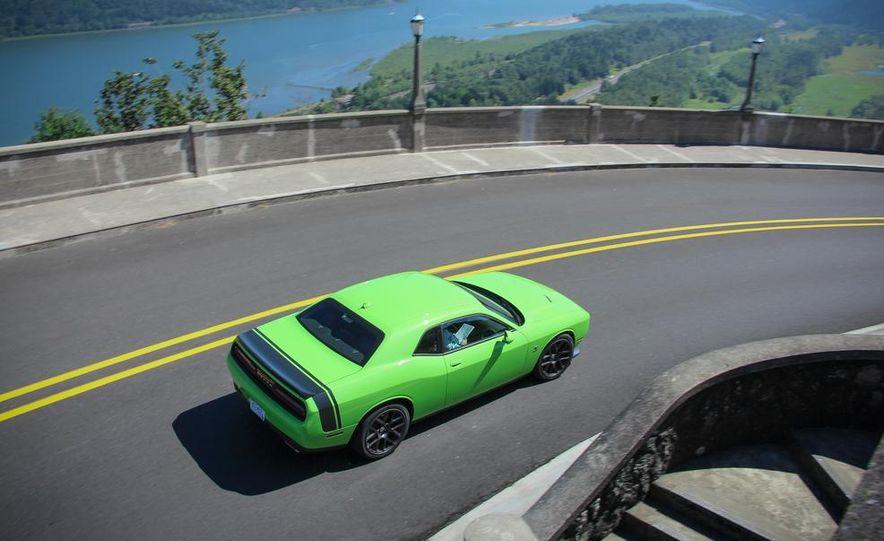 2015 Dodge Challenger R/T Scat Pack - Slide 2