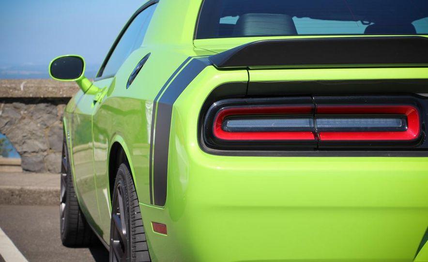 2015 Dodge Challenger R/T Scat Pack - Slide 7