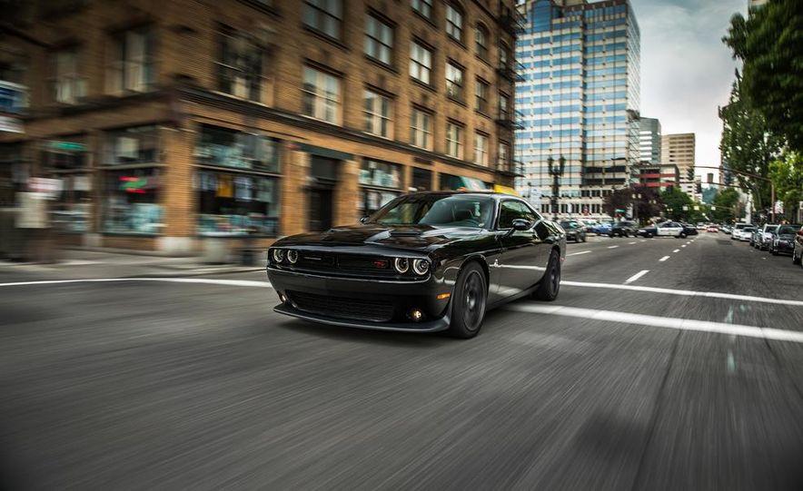 2015 Dodge Challenger R/T Scat Pack - Slide 30