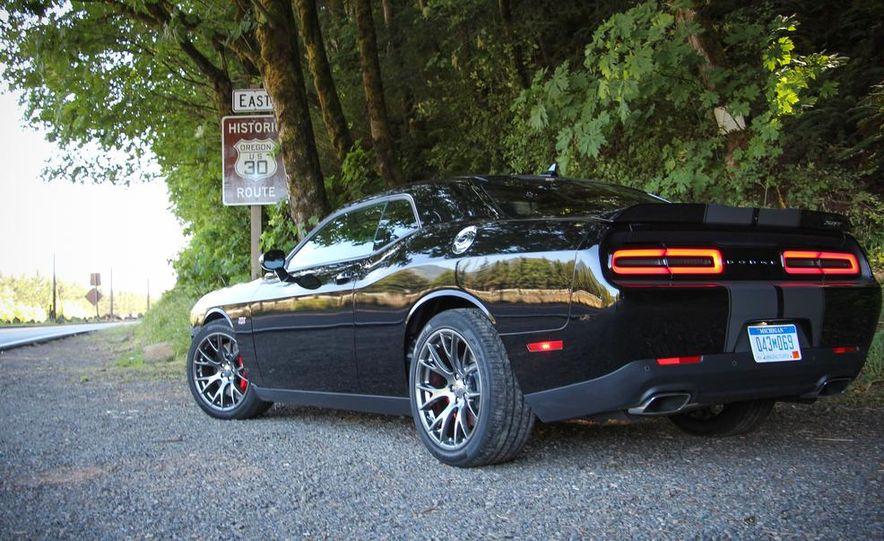 2015 Dodge Challenger R/T Scat Pack - Slide 12