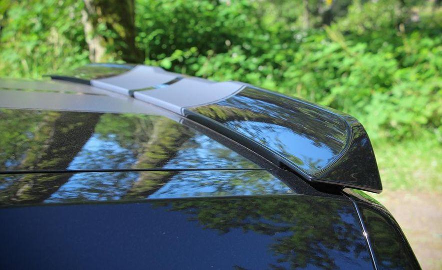 2015 Dodge Challenger R/T Scat Pack - Slide 14