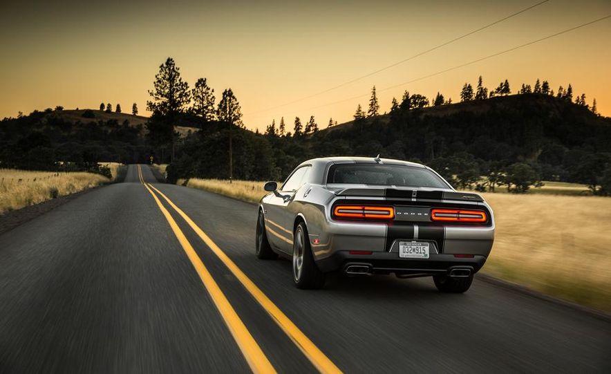 2015 Dodge Challenger R/T Scat Pack - Slide 20