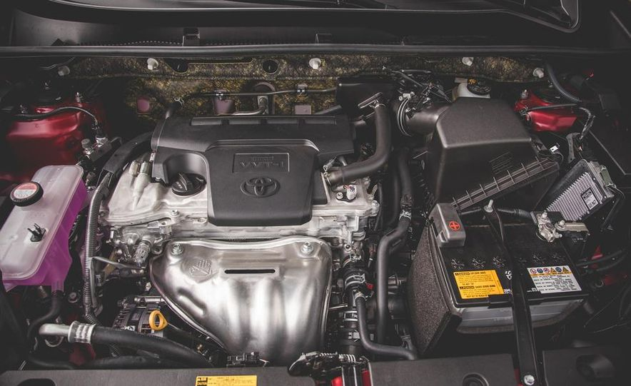 2014 Toyota RAV4 XLE FWD - Slide 51