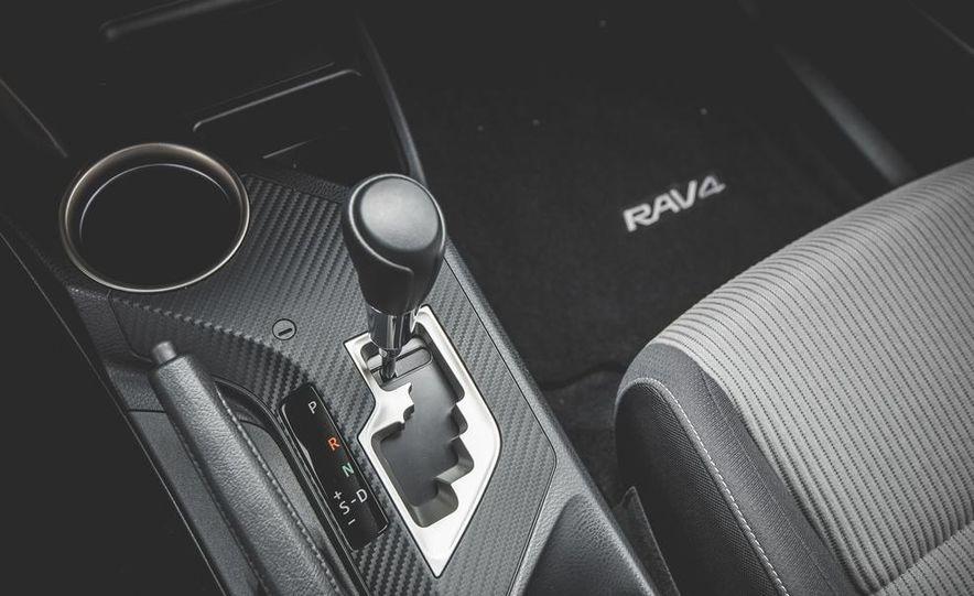 2014 Toyota RAV4 XLE FWD - Slide 42