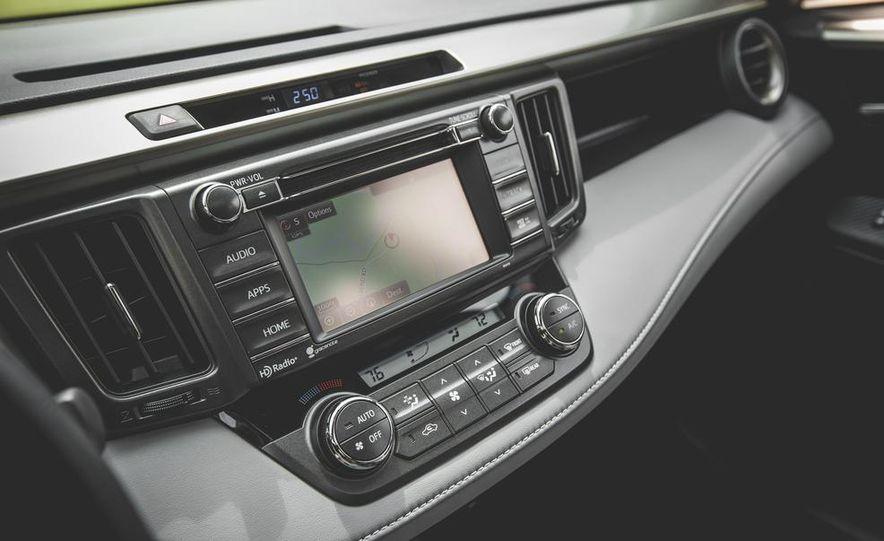 2014 Toyota RAV4 XLE FWD - Slide 47
