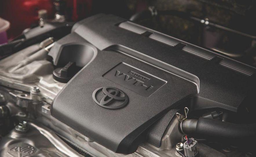 2014 Toyota RAV4 XLE FWD - Slide 52